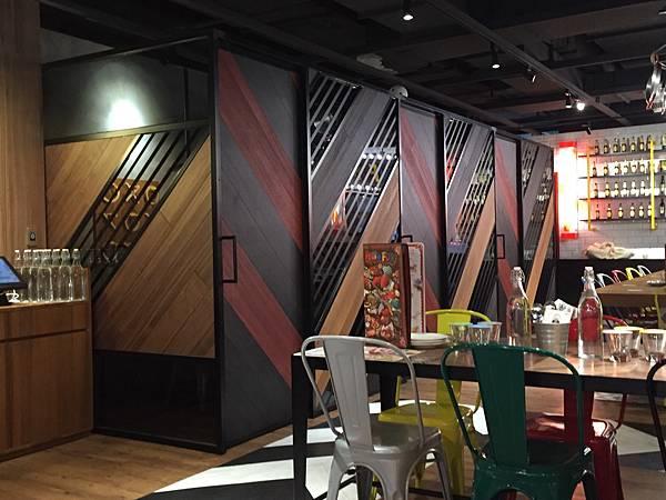 1-4桃園龜山林口A8環球購物中心--Howfun好飯食堂6.jpg