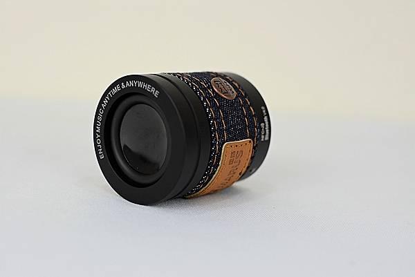 1-5MARUS-JEAN(MSK-96)牛仔褲裝隨身藍牙喇叭9.jpg