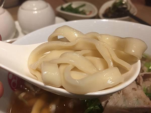 3-2 桃園愛買品川蘭牛肉麵37.jpg