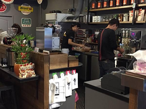 2-2 桃園-老窩咖啡桃鶯店3.jpg