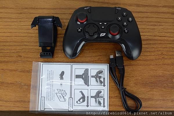 RockTek-GP500藍牙遊戲搖桿8.jpg