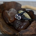 3-6 JVC-HA-FW01木質振膜入耳式耳機30.jpg