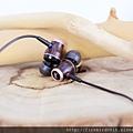 5-4 JVC木質振膜耳機-HA-FW0329.jpg