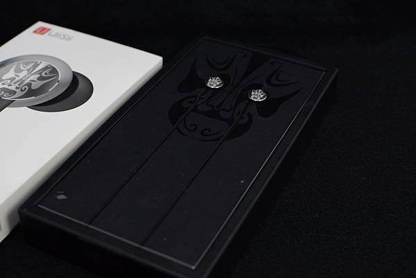 2-2UiiSii-Hi805國劇臉譜耳機(夏侯淵)9.jpg