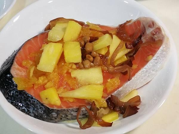 988廚房-醬鳳梨蒸鮭魚料理食譜9.jpg
