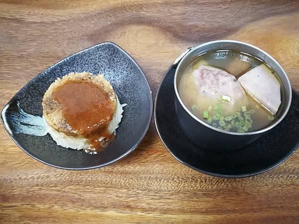 4桃園中美路老周芋頭排骨酥湯(三源排骨酥)6.jpg