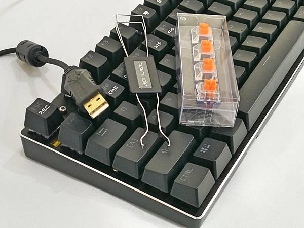 2-1狼派TeamWolf-X08朱雀2.0白光光軸機械鍵盤20.jpg