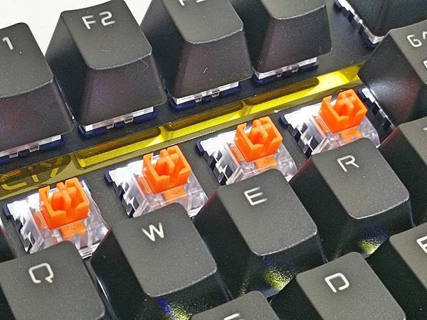 5-2狼派TeamWolf-X08朱雀2.0白光光軸機械鍵盤28.jpg
