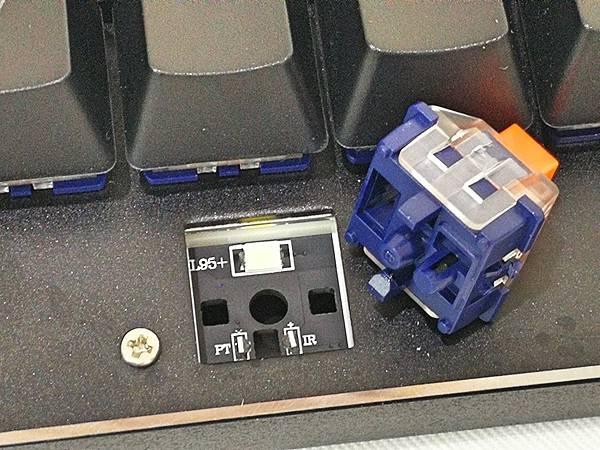 5-4狼派TeamWolf-X08朱雀2.0白光光軸機械鍵盤53.jpg