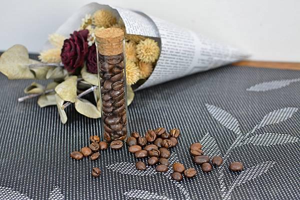 2-3T.R_Kitchen義式特調咖啡豆19.jpg