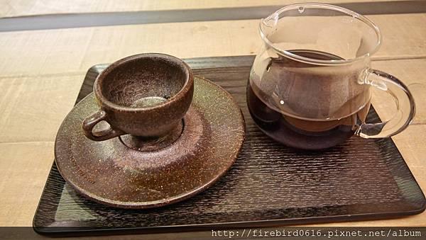 7硬性格咖啡Insinger外帶咖啡76.jpg