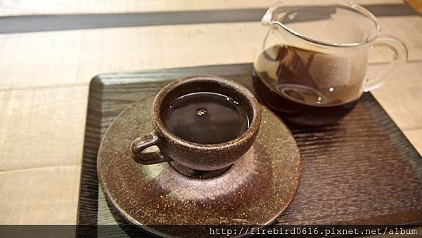 7硬性格咖啡Insinger外帶咖啡77.jpg