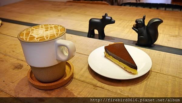 7硬性格咖啡Insinger外帶咖啡81.jpg