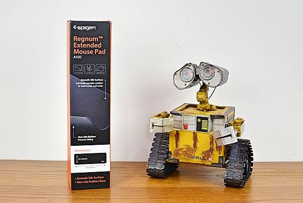 1Spigen-Regnum-A103超長鍵盤滑鼠墊5.jpg