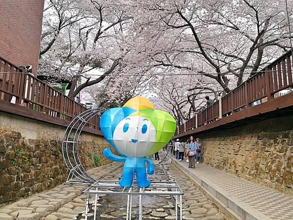 5-2釜山自由行Jinhae鎮海賞櫻2-36.jpg