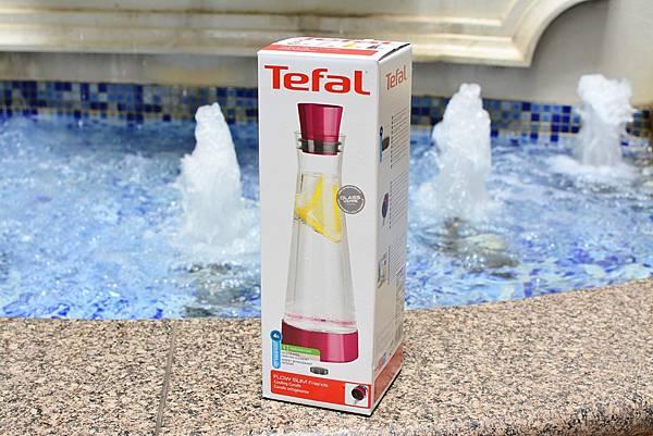 TEFAL-SLOW-SLIM長效冰鎮玻璃保冷瓶3_Fotor.jpg
