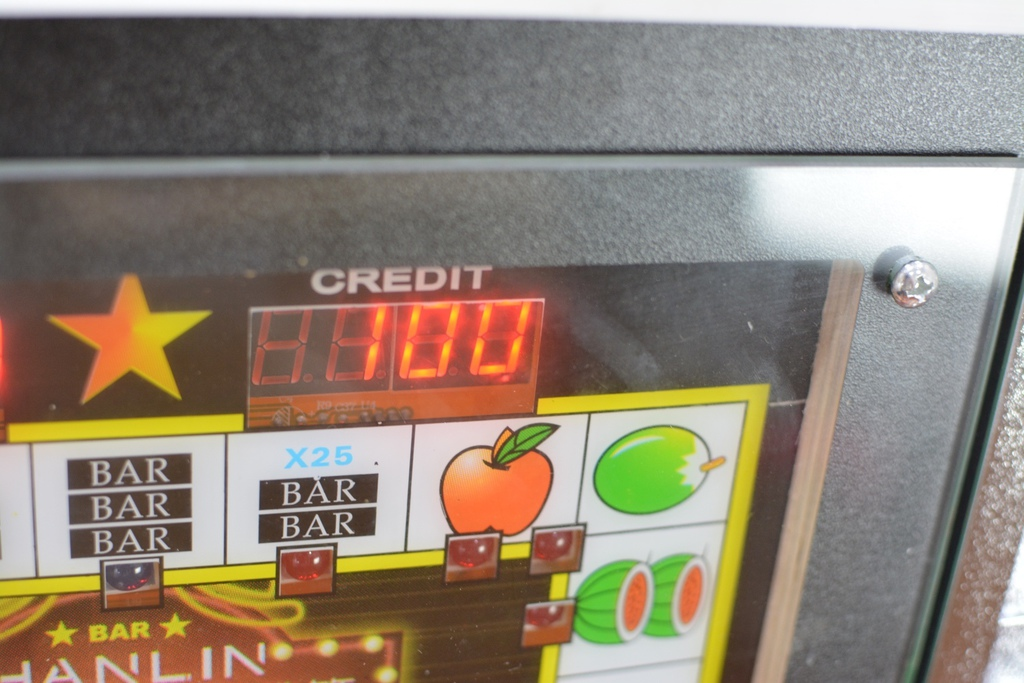 7-2HANLIN漢麟科技懷舊遊戲機存錢筒(小瑪莉吃角子老虎)-30.jpg