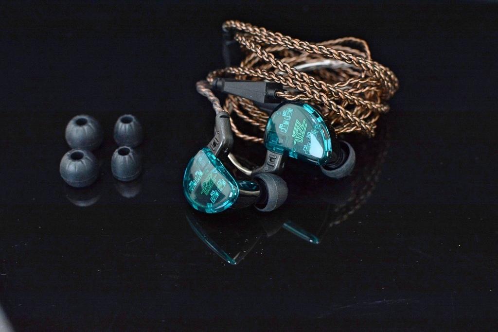 3KZ-AS10-五動鐵可換線入耳式耳機17.jpg