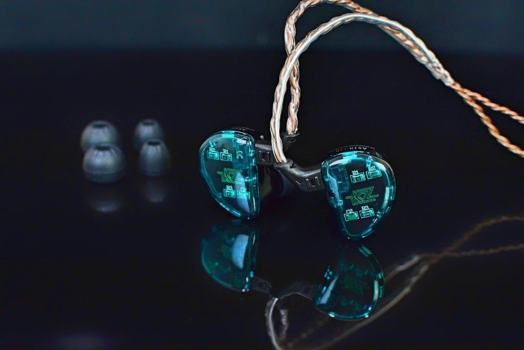 5-1KZ-AS10-五動鐵可換線入耳式耳機19.jpg