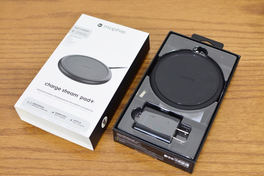 3Mophie_ChargeStram_無線充電盤-6.jpg