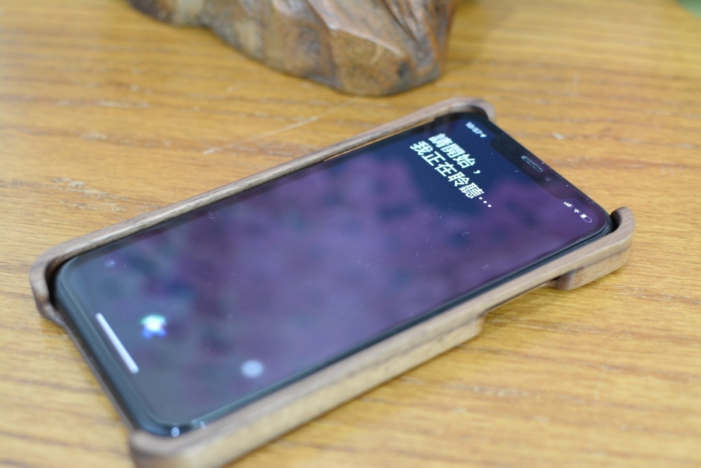 威力康iPhoneXR原木手饑殼9.jpg