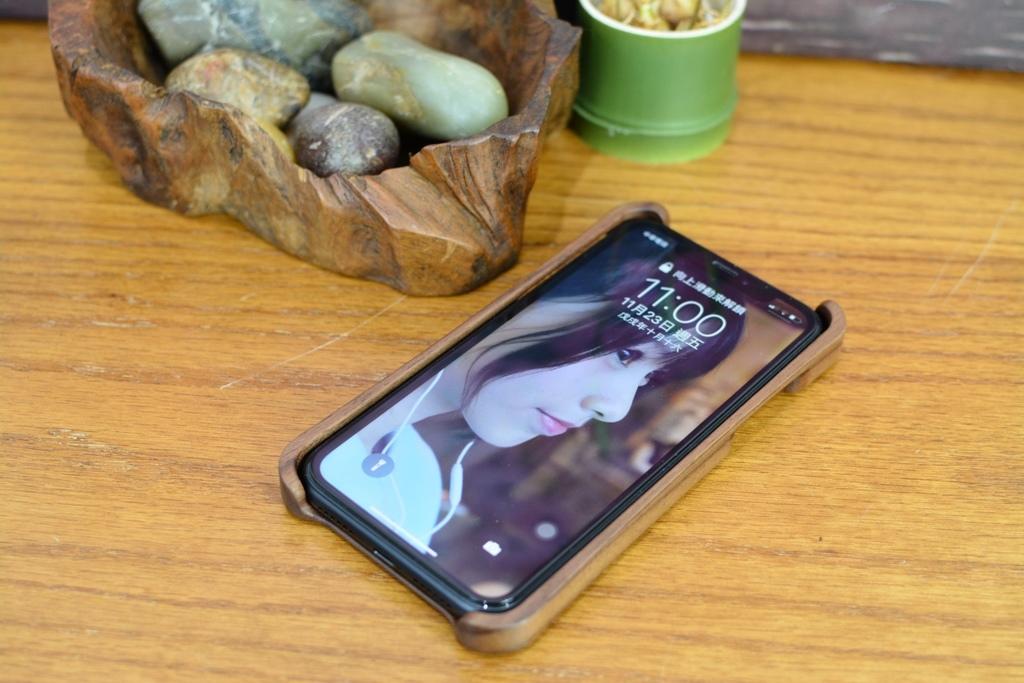 威力康iPhoneXR原木手饑殼18.jpg