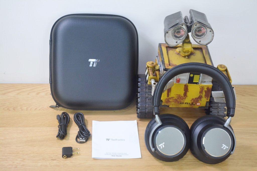 2-9TaoTronics-TT-BH046-17.jpg
