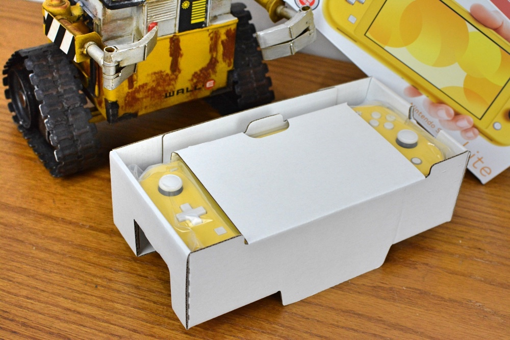 1-8任天堂SwitchLite-8.jpg