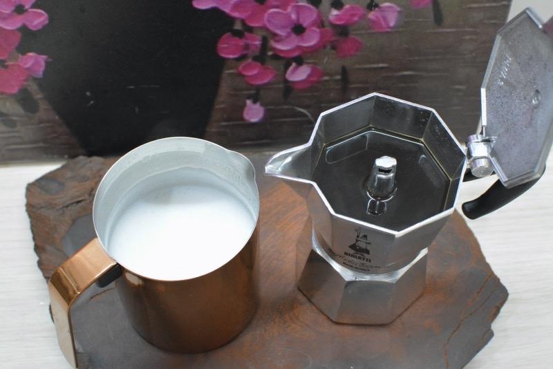 IKUK分離式電動奶泡機-40.jpg