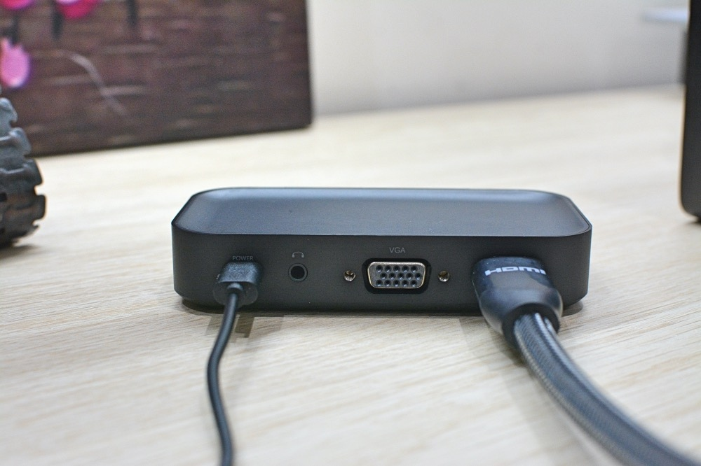 10-5DEMO123無線投影簡報器-2.jpg