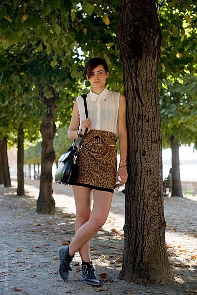 203PFW.Oct_WT.11wp street style aesthetic.jpg