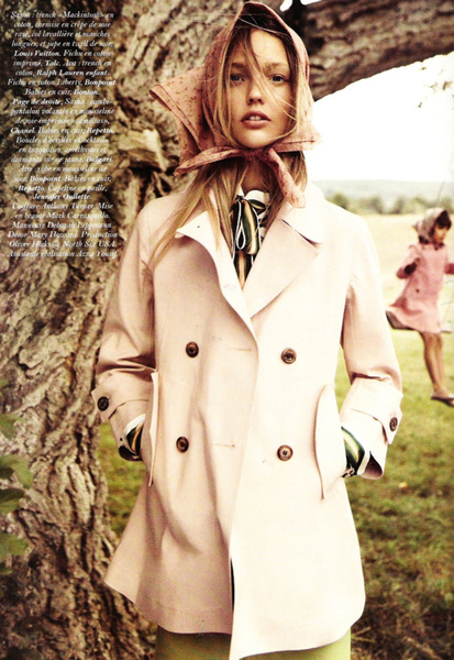 sasha-pivovarova-for-vogue-paris-november-2010-by-mikael-jansson-261010-16.jpg