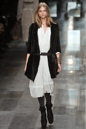 burberry prorsum fall 2009.jpg
