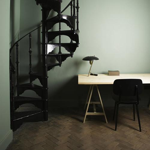 escalier noir.jpg