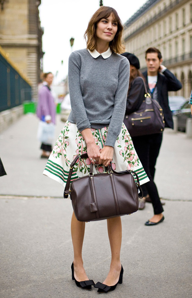 alexa-chung-louis-vuitton-spring-2011-collection-131010-4.jpg