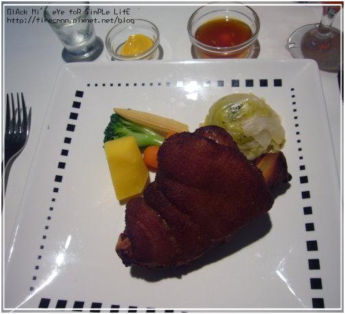 [主餐]歐式豬腿排