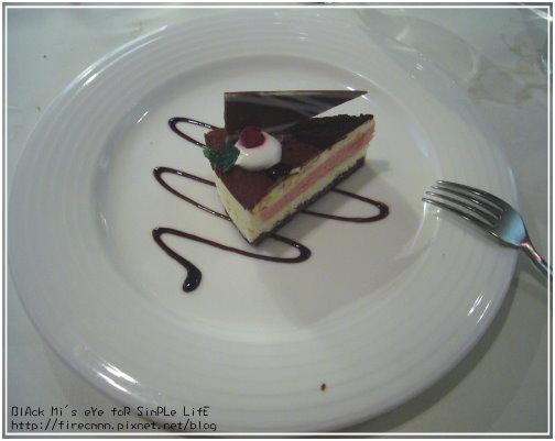 [甜點]草莓戀上巧克力