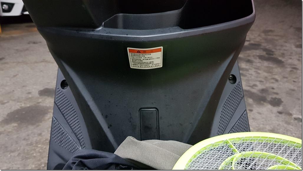 20190310勁戰安裝USB與前後行車記錄器_190311_0040