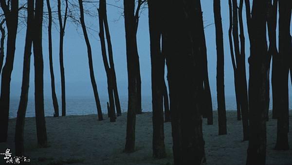 海邊 孤獨.jpg