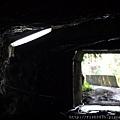 去礦坑要經過的隧道