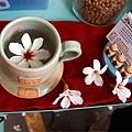 阿Tim得意的咖啡與稀奇七瓣白.jpg