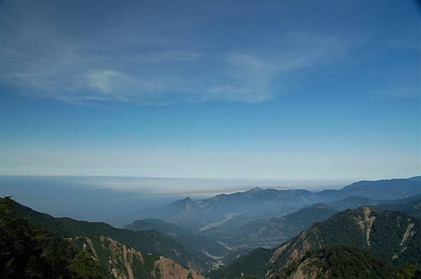 稍來山 (6)稜線展望.JPG