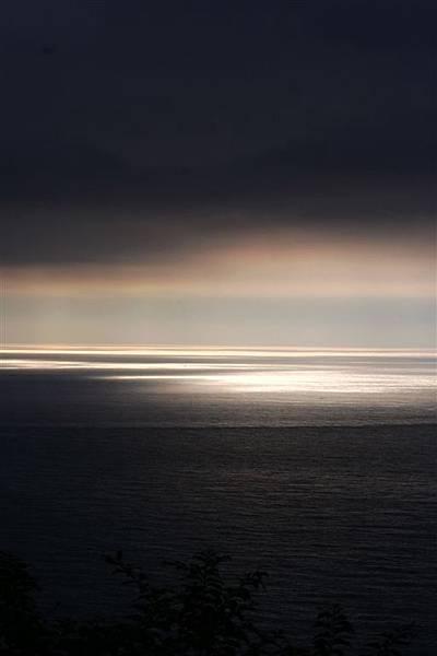 南澳 (83)還是是伴隨烏雲的陽光卻是超美日出.jpg