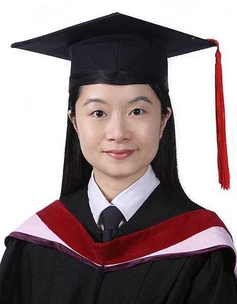 音碩畢業照