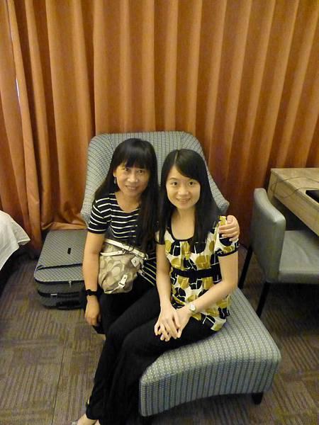 和英慧姐在飯店房裡