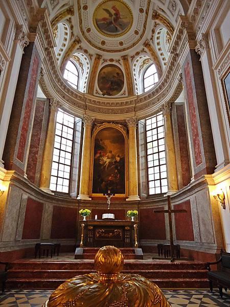 尼古拉教堂聖餐桌