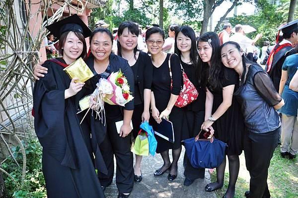 不管能畢業不能畢業  音碩都是好姐妹 (2013台神畢典)
