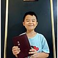 大衛提前為自己挑選的10歲生日禮物─有拇指索引的和合本聖經
