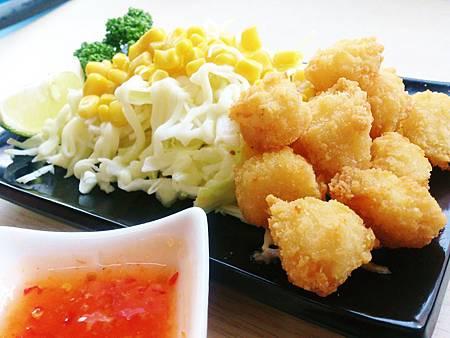 深海魷魚野菜沙拉.jpg
