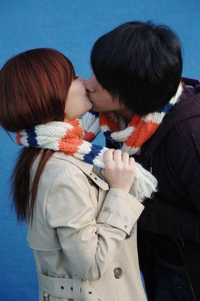 接吻一.jpg